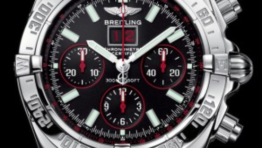 Best Fake Breitling Blackbird Red Strike Limited Edition Steel Watch