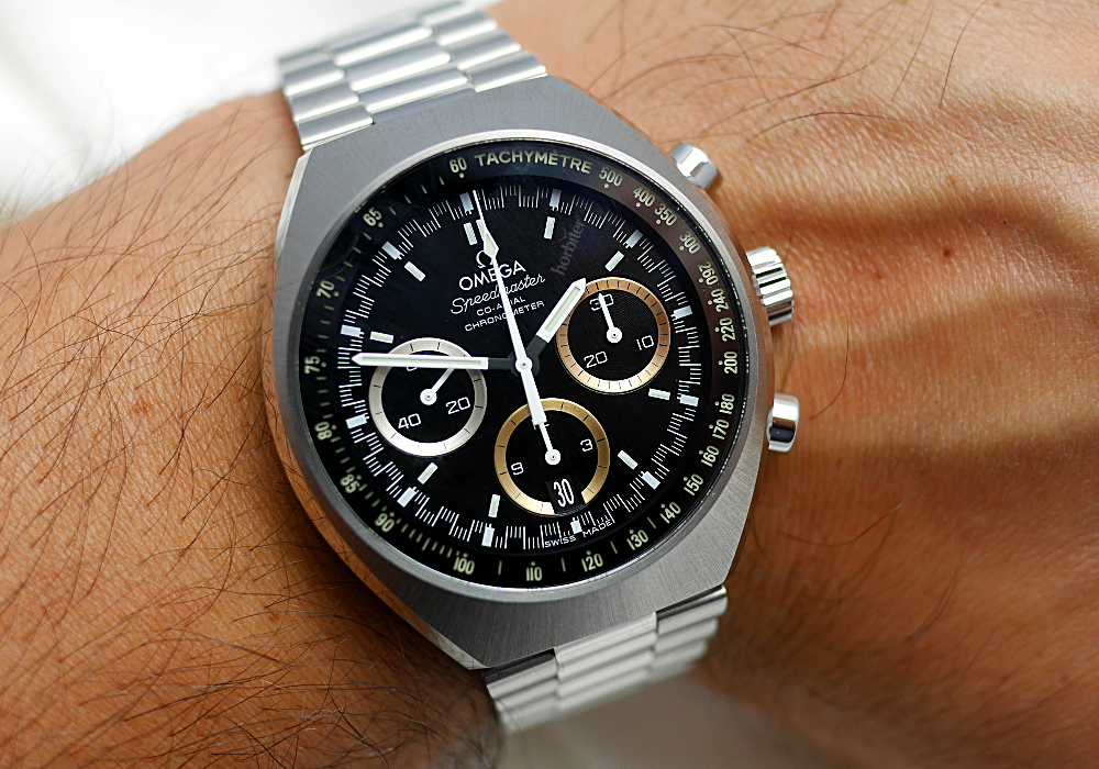 The softness and strength of the Omega Speedmaster Mark II replica watches