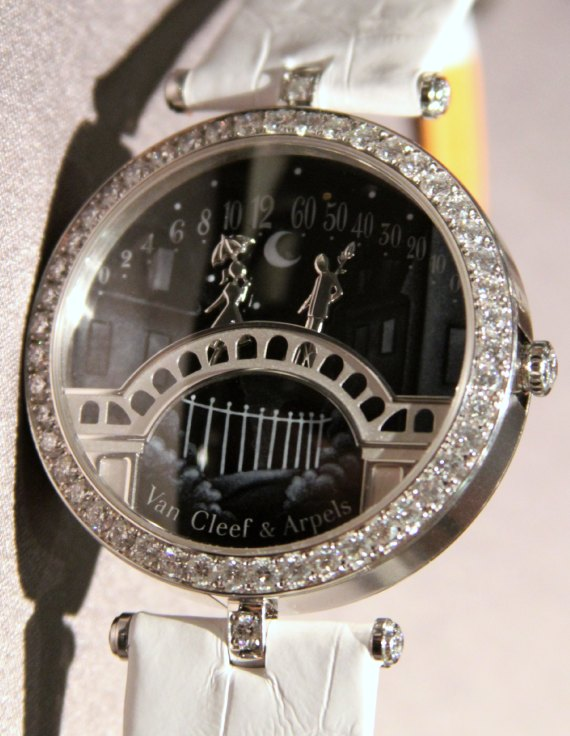 Replica Trusted Dealers Van Cleef & Arpels Pont des Amoureux Watch